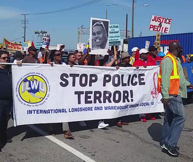 ILWU leads march from Port of Oakland to City Hall             calling to 'Stop Police Terror.' (Photo: twitter)