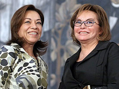 Elba Esther Gordillo (right) with then             secretary of education Josefina Vázquez Mota of the PAN,             back when the SNTE president-for-life had the federal             Education Secretariat under her control.