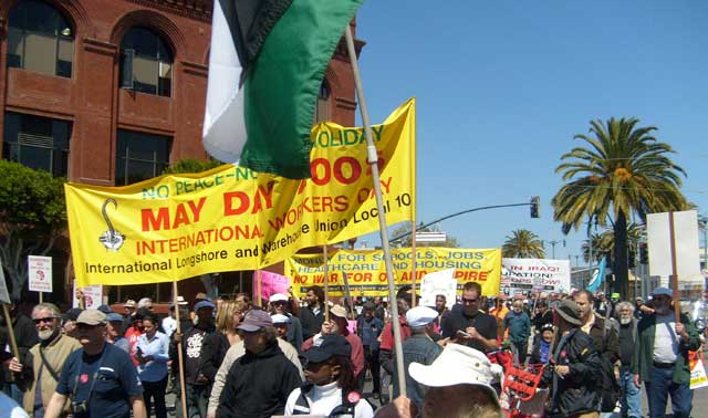 080501 ILWU support march, S.F., Internationalist photo