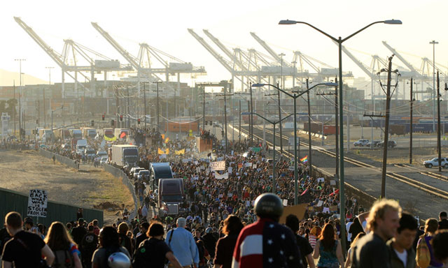 "Protesters stream into Port of Oakland, November 2, in response to Occupy Oakland call for ""general strike"" over brutal police attack last week. Union bureaucrats declared ""support,"" refused to strike."